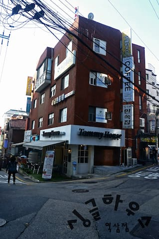 GANGNAM & YEOKSAM SINGLE HOUSE 3