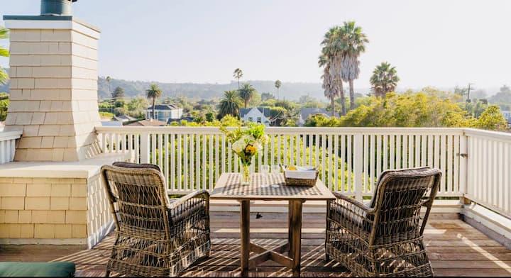 Penthouse Suite Beach Views~De La Vina Inn