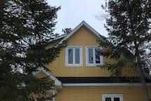 River Loft Cottage Getaway on the Ottawa River