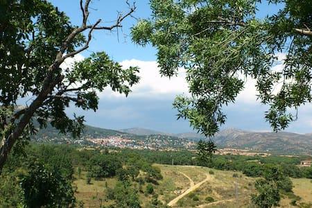 Miraflores de la Sierra. MADRID - Miraflores de la Sierra