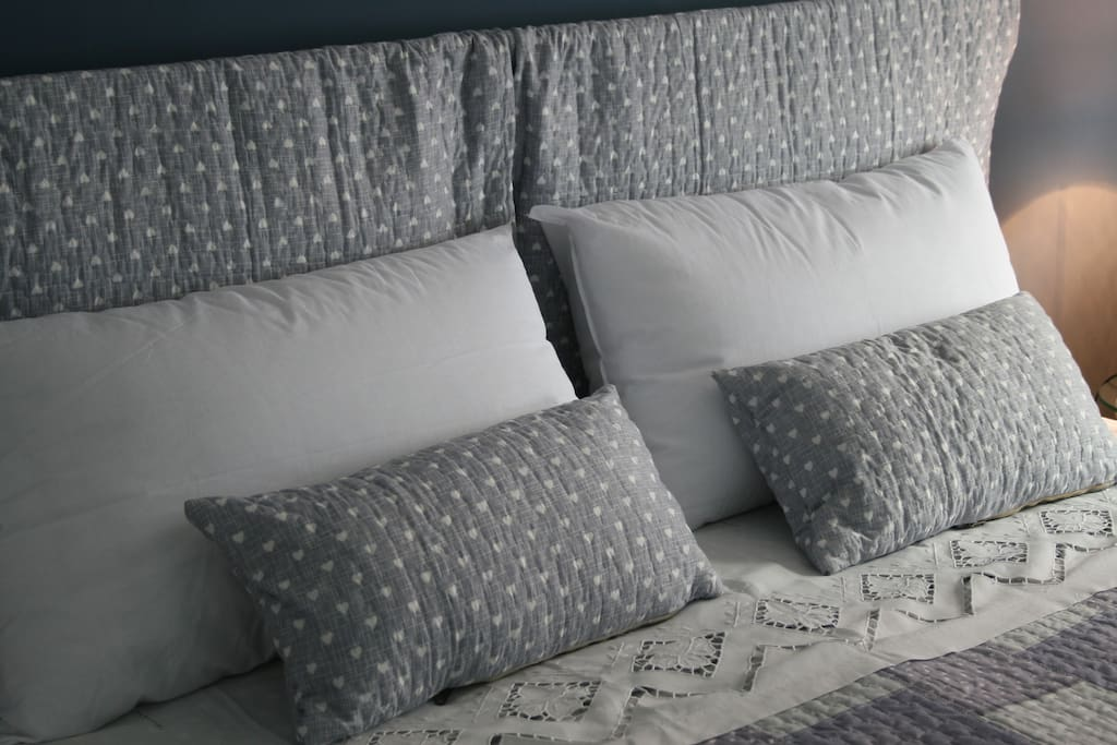 A very comfortable and cozy double bed!