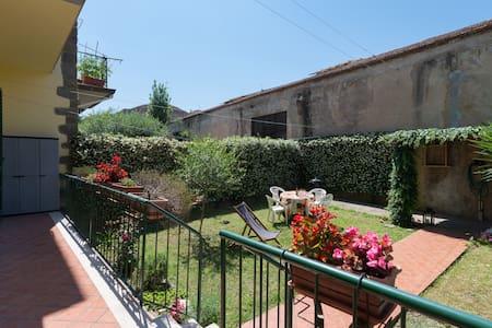 The Jasmine House - Prato - Ev
