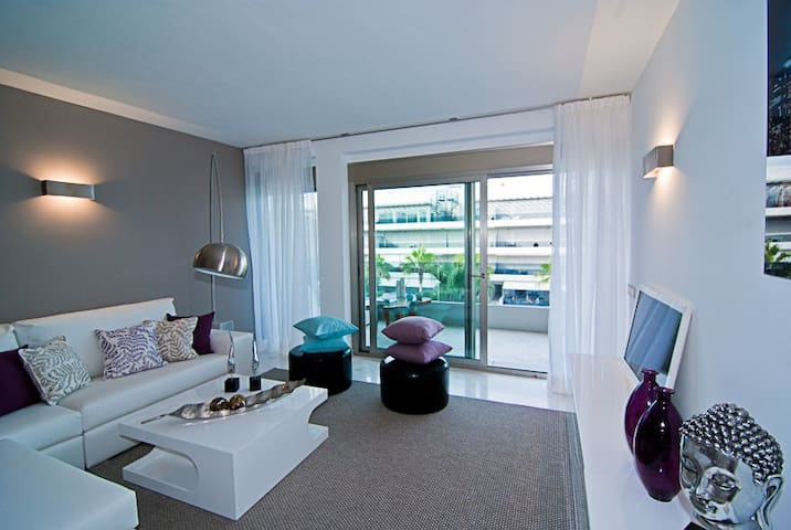 Royal Beach Apartment