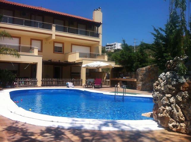 Luxury villa in Akti Nireos