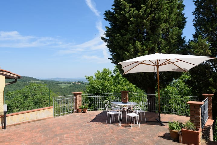 NEW! Relaxing and Peaceful Home - Montefollonico