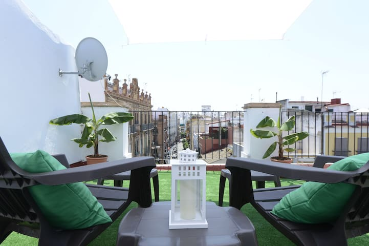 Penthouse Studio by the Cathedral - Sevilla - Appartement