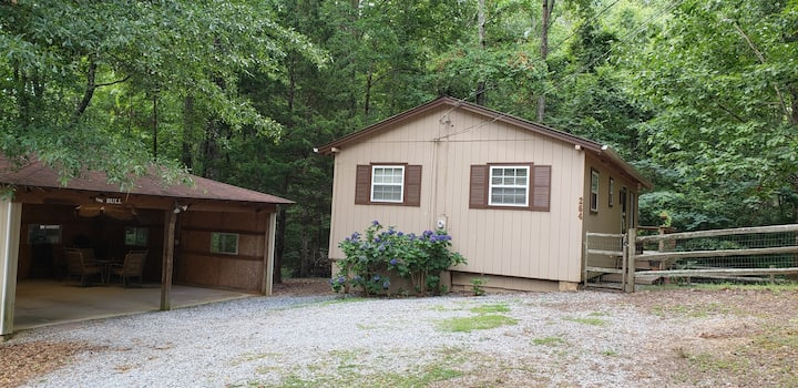 "2 bedroom Cottage in Pine Mountain, GA  ""The Bull"""