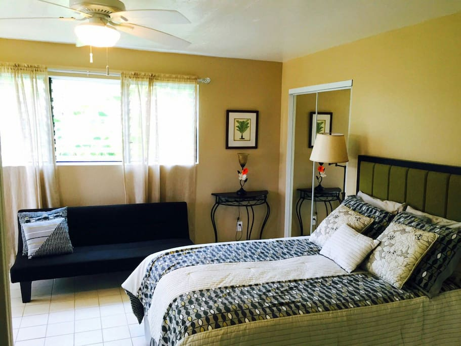 Private Studio Apartment In Kona With Queen Bed