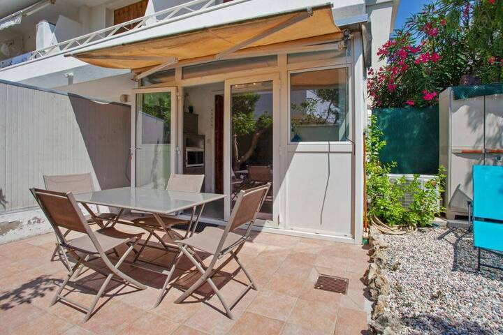 Cannes center for 2/3 pax - parking terrace garden