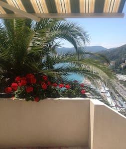 villa con splendida vista sul mare - Villa