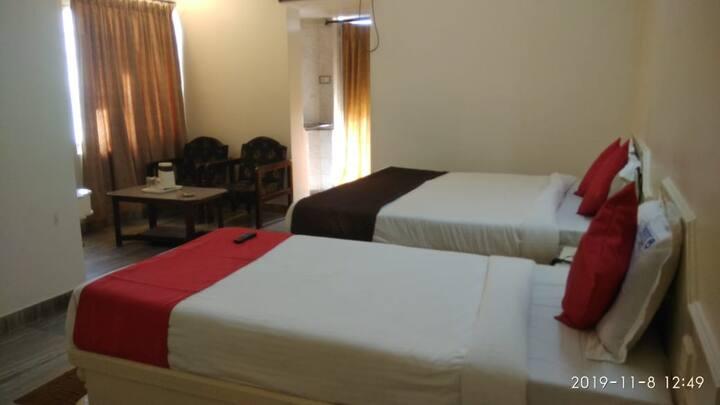 iROOMZ Hotel Abhiram 4 Bedded Luxury A/c Nellore