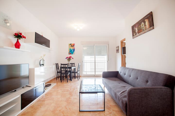 Lovely,modern & cosy apartment 5min drive to beach - Moncofa - Apartamento