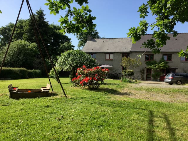 Longère, canal d'ille et rance - Saint-Domineuc