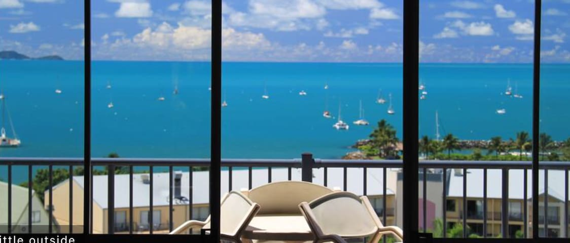 BEST VIEW IN CENTRAL TOWN - Airlie Beach - Wohnung