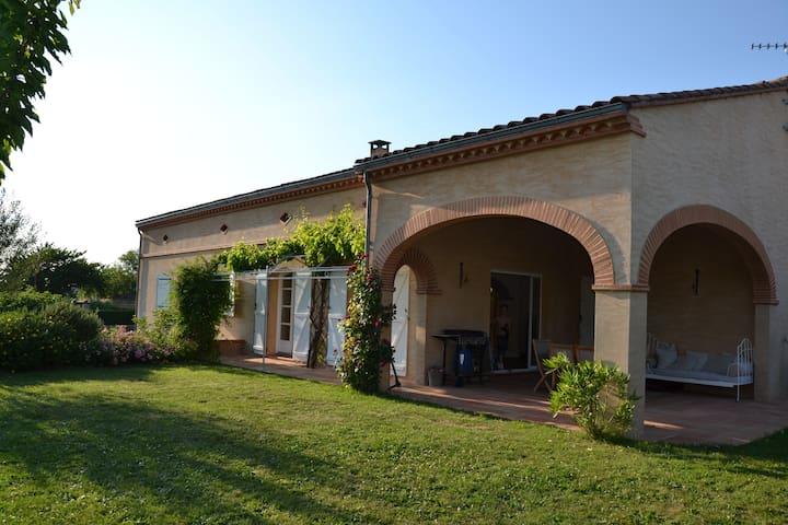Maison Toulousaine  avec Piscine - Belberaud - Huis