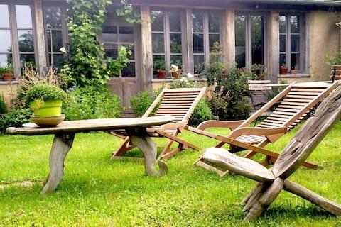 cottage ValléedesCailles 70km Paris