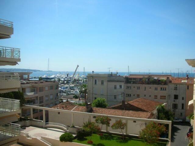 2 pièces Belle vue mer - Vallauris - Apartament