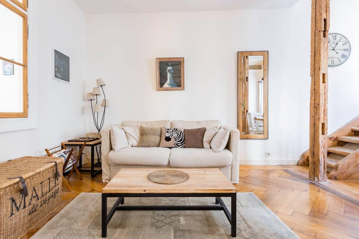 Appartement de charme à deux pas de la cathédrale et Normes barrières 2020