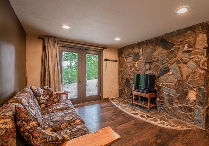 Sandpoint Suite 2 ★ Water Nature Relax ★ 2mi to DT