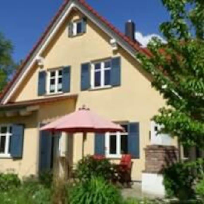 sch ne neue u ruhige ferienwohnung h user zur miete in viereth trunstadt bayern deutschland. Black Bedroom Furniture Sets. Home Design Ideas