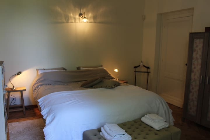 Chambre Sauge B&B - Moulon - Bed & Breakfast