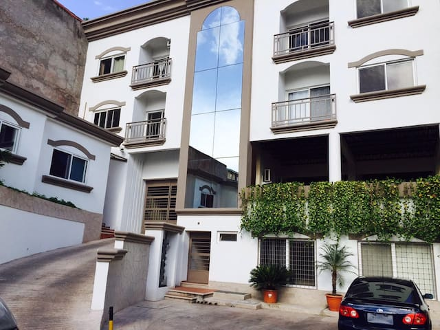 Full Apt. 2BD Near Malls and Rts(2) - Tegucigalpa - Apartament