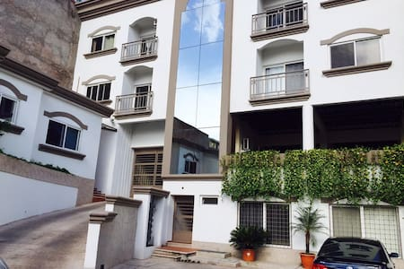 Full Apt. 2BD Near Malls and Rts(2) - Tegucigalpa - Apartment