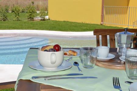 Villa B2 Villas Resort Tertenia - Tertenia - วิลล่า