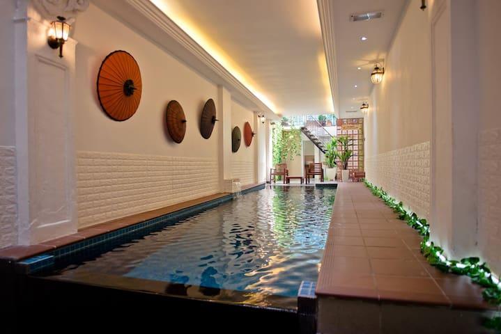 Indoor PrivatePool Mansion Jonker Street Melaka水忆轩