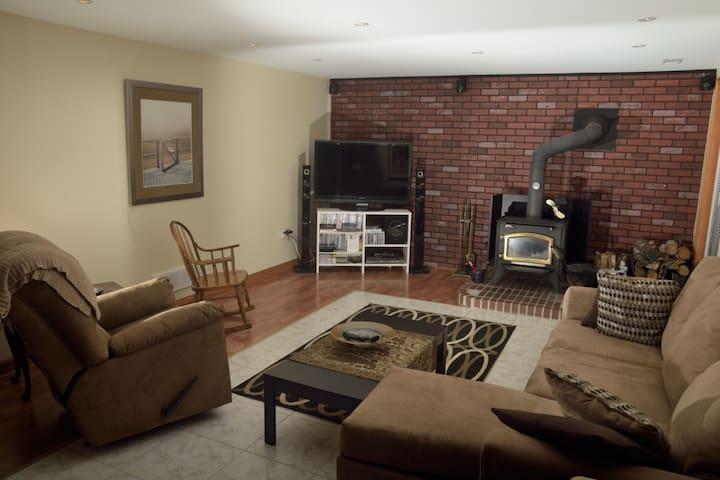 Beautiful 1 BR basement suite.
