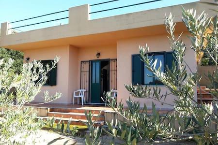 Casetta per vacanza mare/campagna - Luogosanto - Rumah