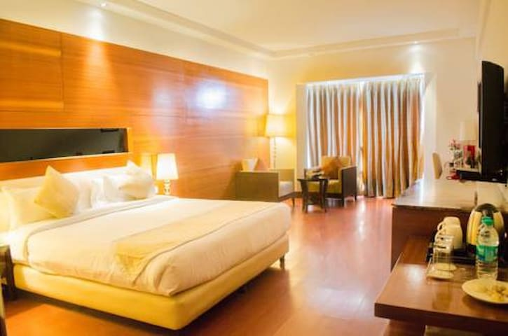 JHT Hotels - New Delhi - Boutique hotel