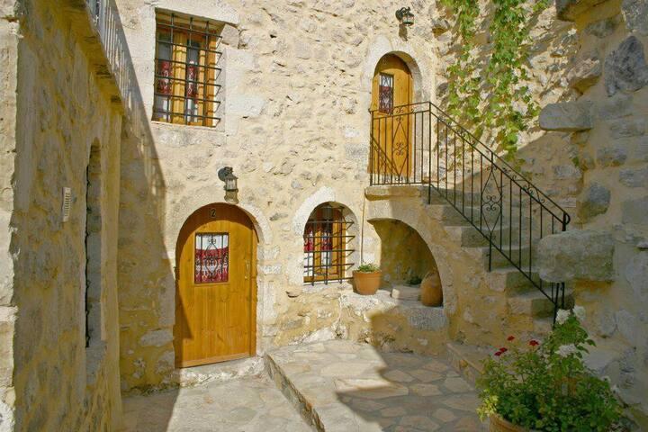 Vafes Stone Houses Kalamato