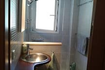 For us is important to have a very clean and well ventilated bathroom.