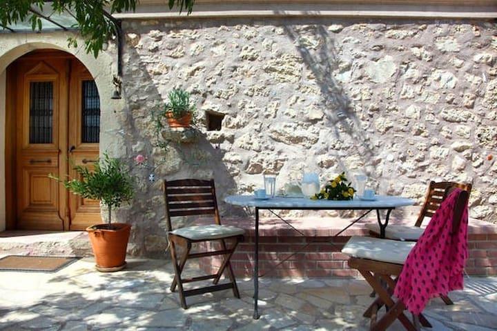Gragada villa - Ligia