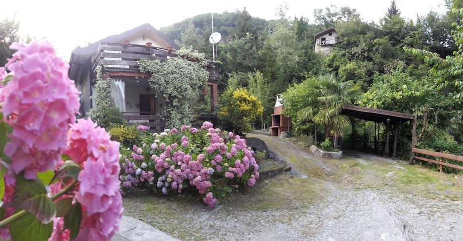 Splendido Villino in Valle Camonica - Capo di Ponte - Cabaña