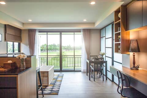 1 bed room apartment with golf course view