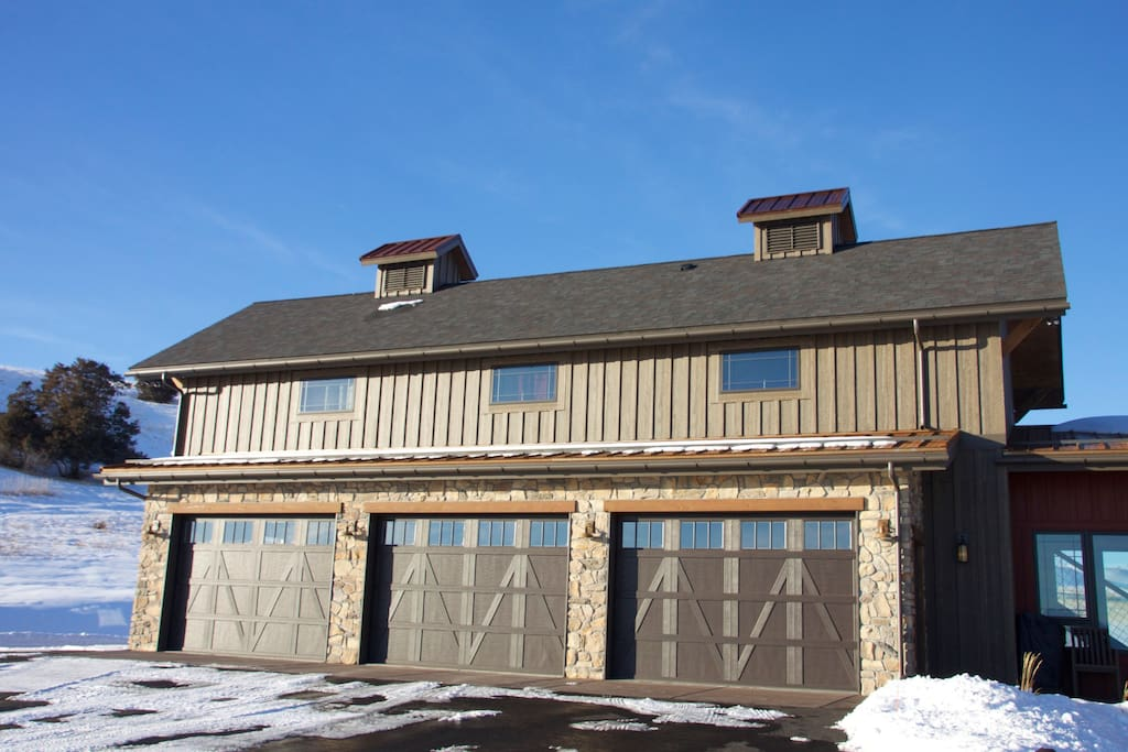 Two bedroom bunkhouse located above the garage