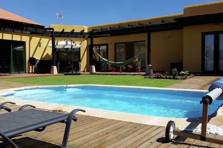 Villa indipendente con piscina in posizione tranquilla a nord di Fuerteventura