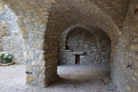 Cèze Vallei, Gard tussen Provence en Ardeche - Goudargues - Haus