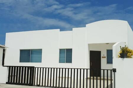 Espectacular casa de playa en Punta Carnero