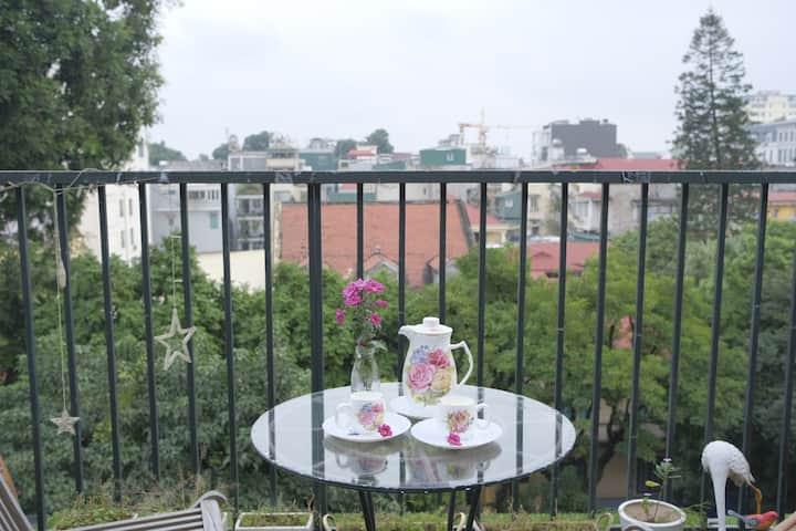 A cozy homestay with 3BRs and big balcony (Tinka)