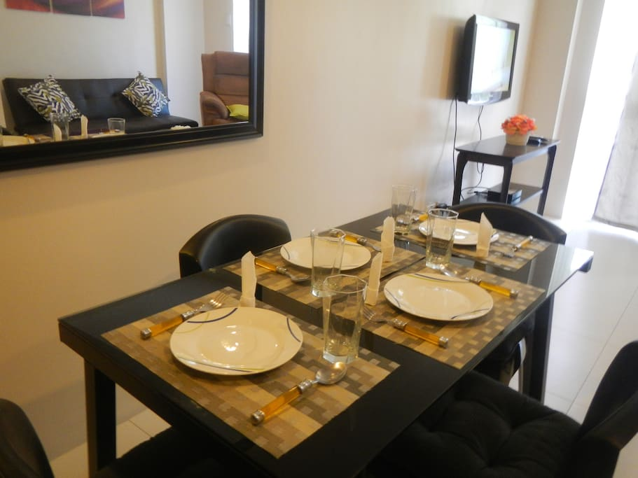 Complete dining facilities