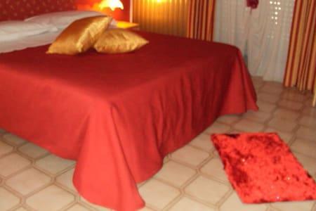 HOTEL COLLINA DEL FARO - Canicattì - Bed & Breakfast