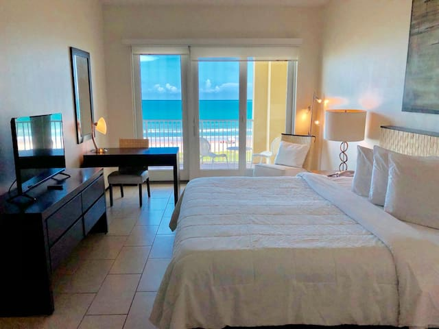 Presidential Suite - Peninsula Island Resort