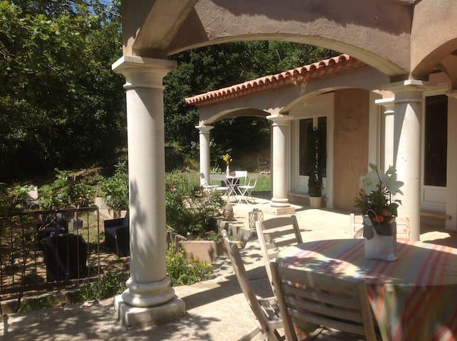 Belle Villa Provençale - Rochefort-du-Gard - Villa