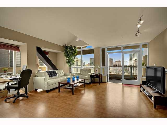 Little italy penthouse loft lofts for rent in san diego - Loft industriel san diego californie ...