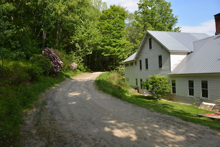 Beautiful Secluded Country House - Cummington - Casa