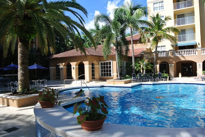 2 BR at The Yatch Club Aventura - Aventura - Apartment