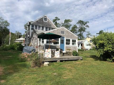 Private Island Getaway. Due East Cottage. Hog Is.